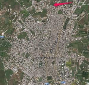 Planimetria della città con ubicazione del serbatoio pensile. Notare la decentralizzazione  del punto di alimentazione della rete dell'acquedotto